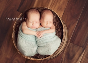 Atlanta Newborn Twin Photographer